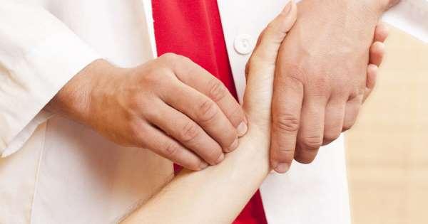 Врачи назвали ранние симптомы диабета и онкологии