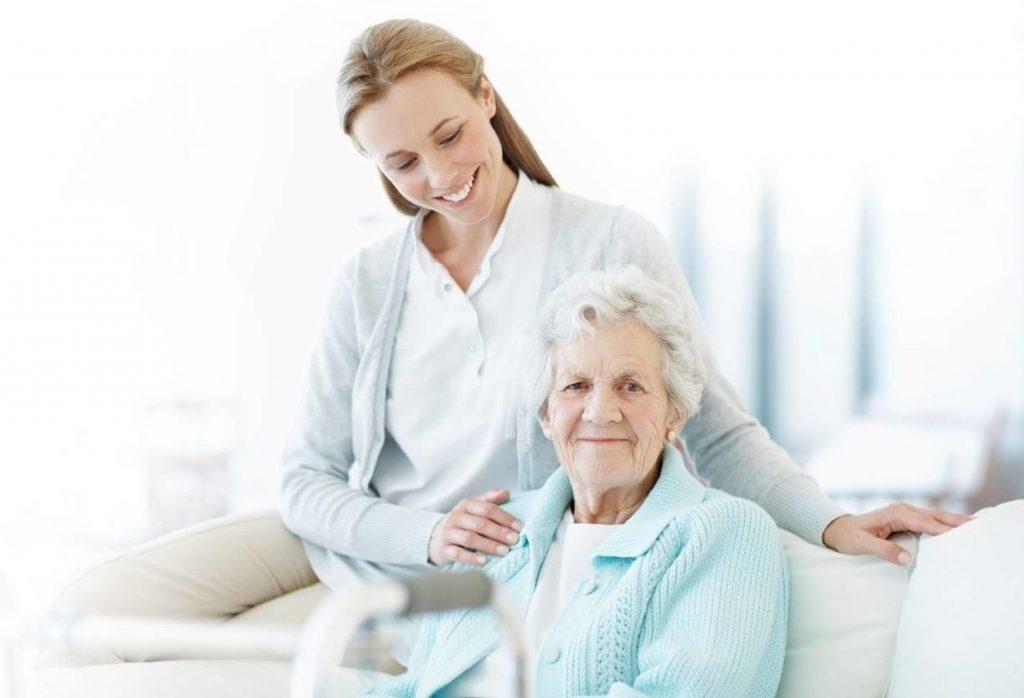 Как обеспечить престарелым родителям достойный уход