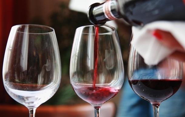 Красное вино защищает от рака легких