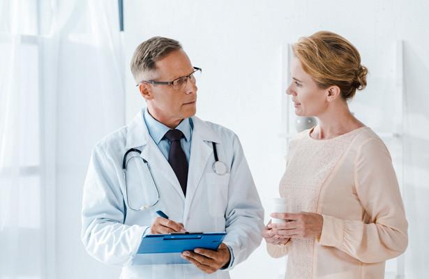Онколог объяснил, как кишечник сигнализирует о развитии рака