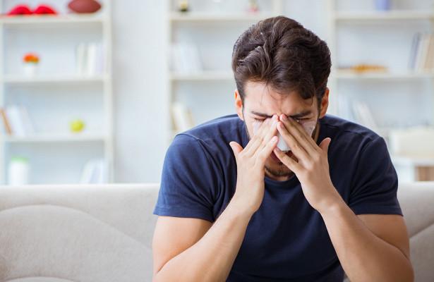 Онкологи назвали неочевидные симптомы рака носа