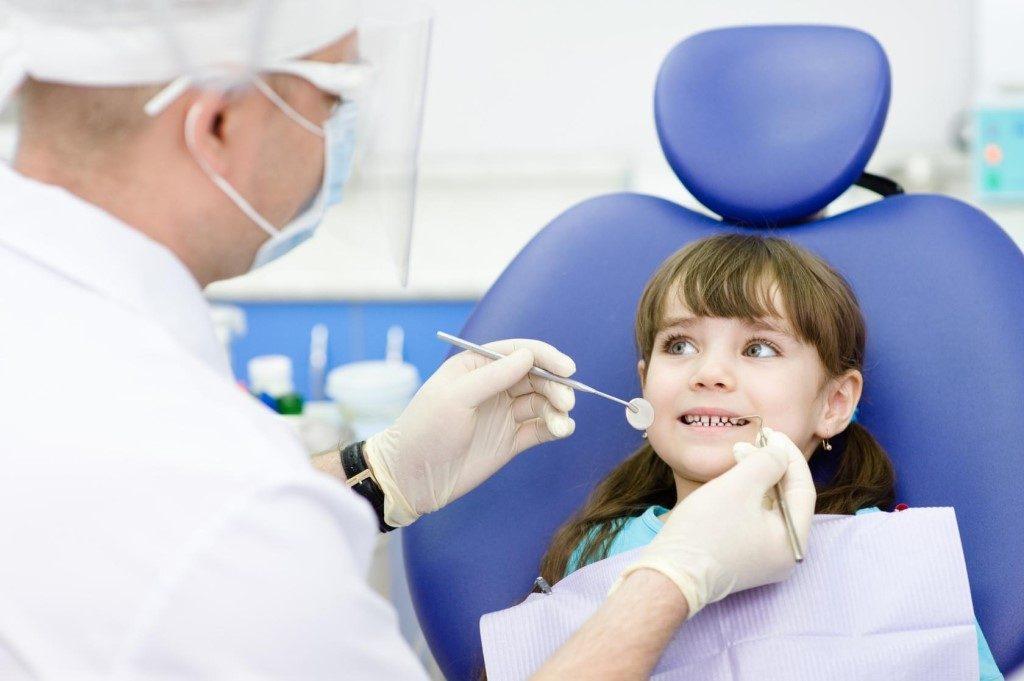 Проблемы с зубками у ребенка: важные вопросы стоматологу