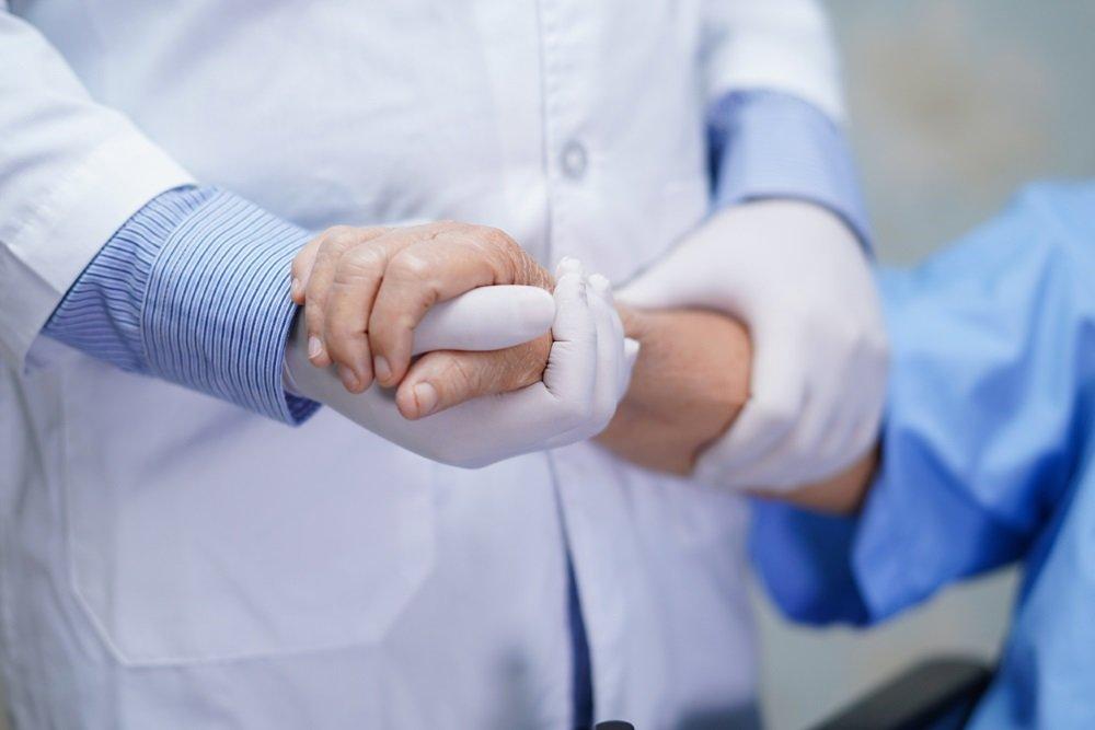 Названы пять симптомов рака тонкой кишки