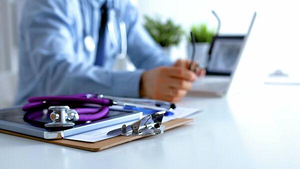 Онколог назвал симптомы, которые ошибочно принимают за гастрит