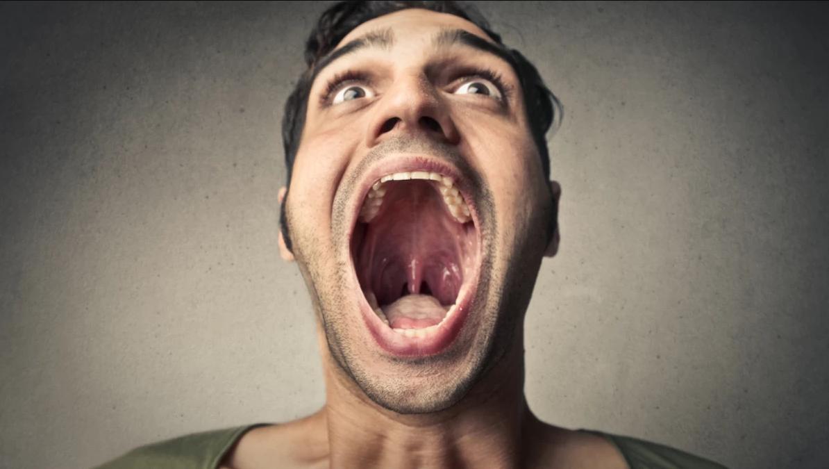 Отказ от чистки зубов грозит опухолями желудка и полости рта