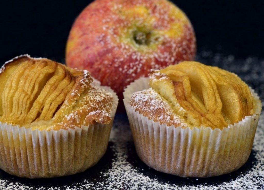 Врач назвал десерт, полезный для защиты от рака кишечника
