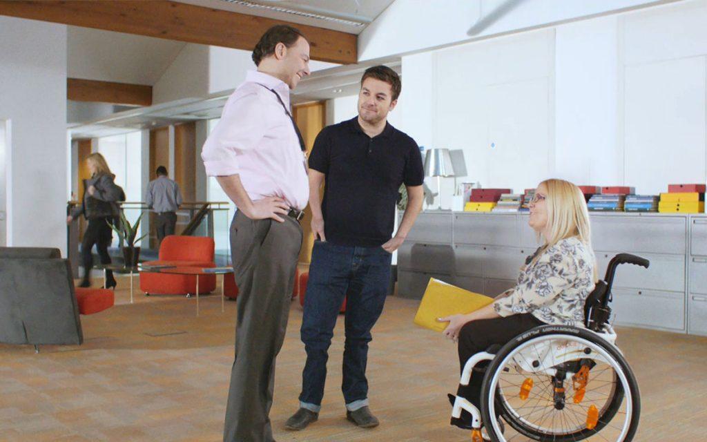 Человек с инвалидностью в коллективе