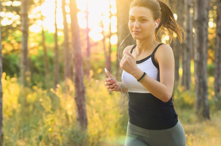 Ученые рассказали, в какое время лучше делать упражнения для профилактики рака