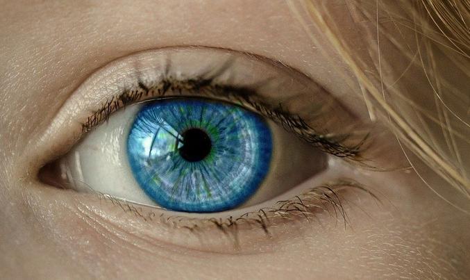 Как распознать рак глаза