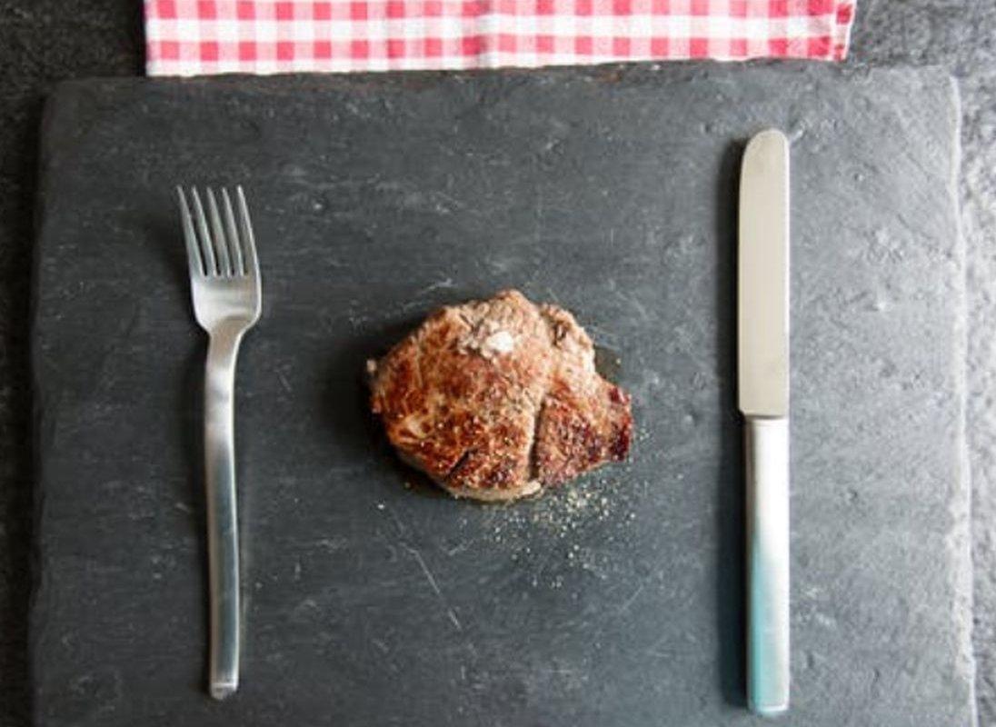 Отказ от мяса может способствовать появлению рака