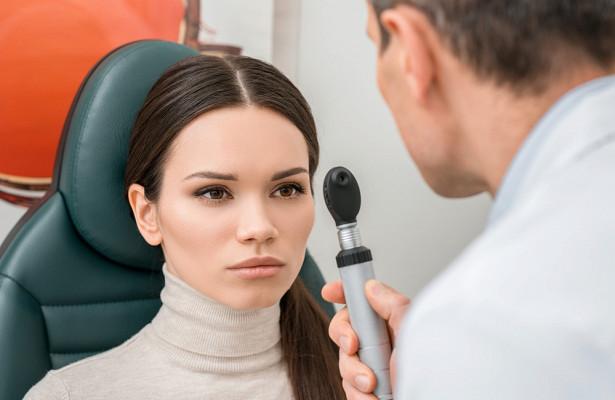 Откуда появляется меланома глаз и как ее вовремя выявить