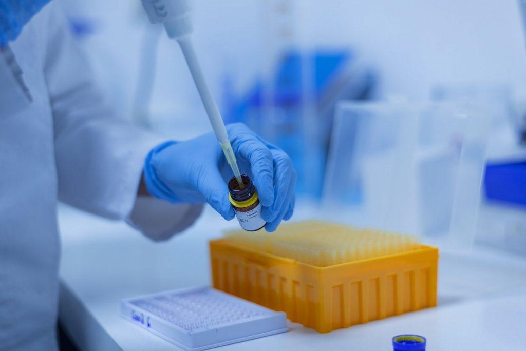 Ученые получили эффективно убивающее рак вещество