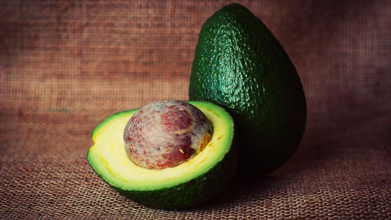 Американские ученые доказали способность авокадо подавлять рост раковых клеток