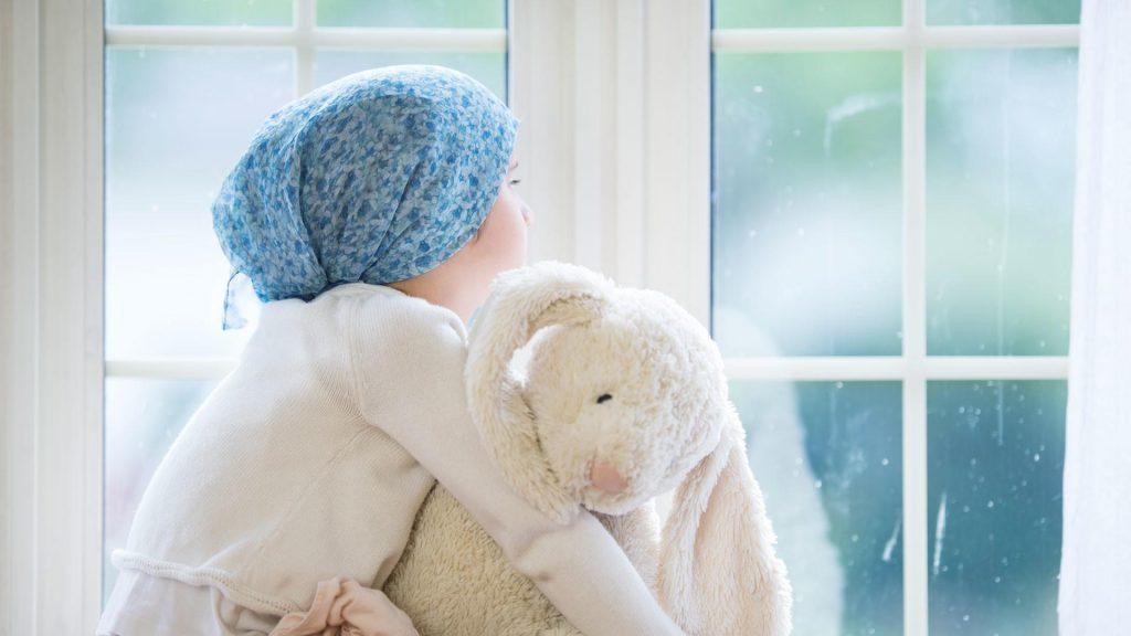 Врачи рассказали о неожиданном источнике рака у маленьких детей