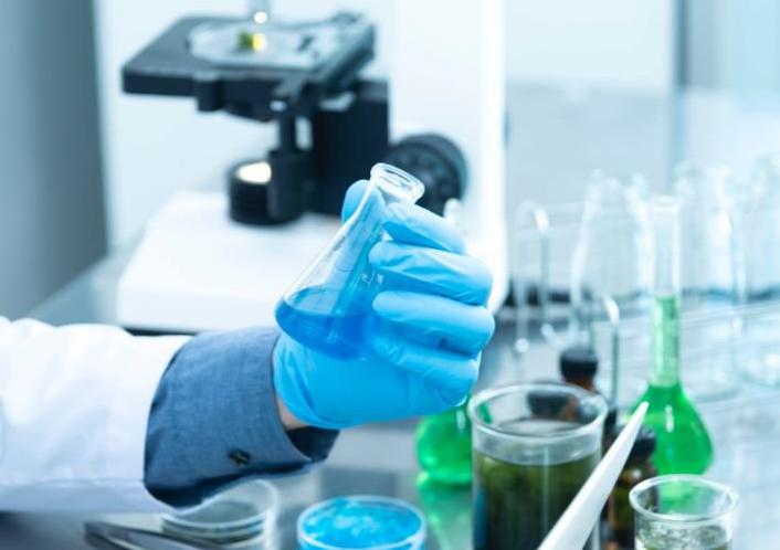 Российские ученые разработали препарат, который остановит метастазы при раке груди