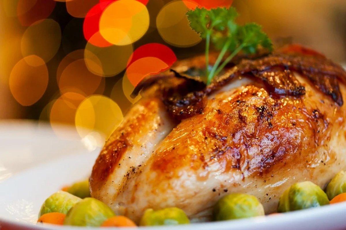 Онколог предупредил о связи курятины с развитием рака