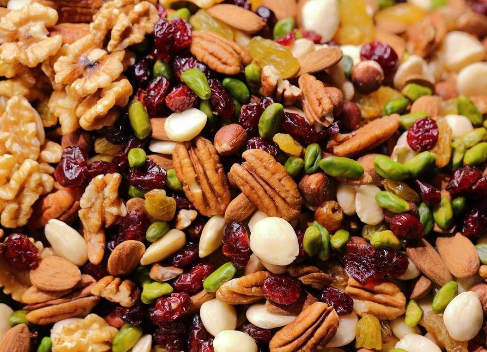 Помогают ли орехи пережившим рак груди